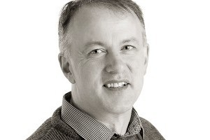 Dr.Seán  Ó'Domhnaill