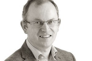 Dr. Martin  Lawlor
